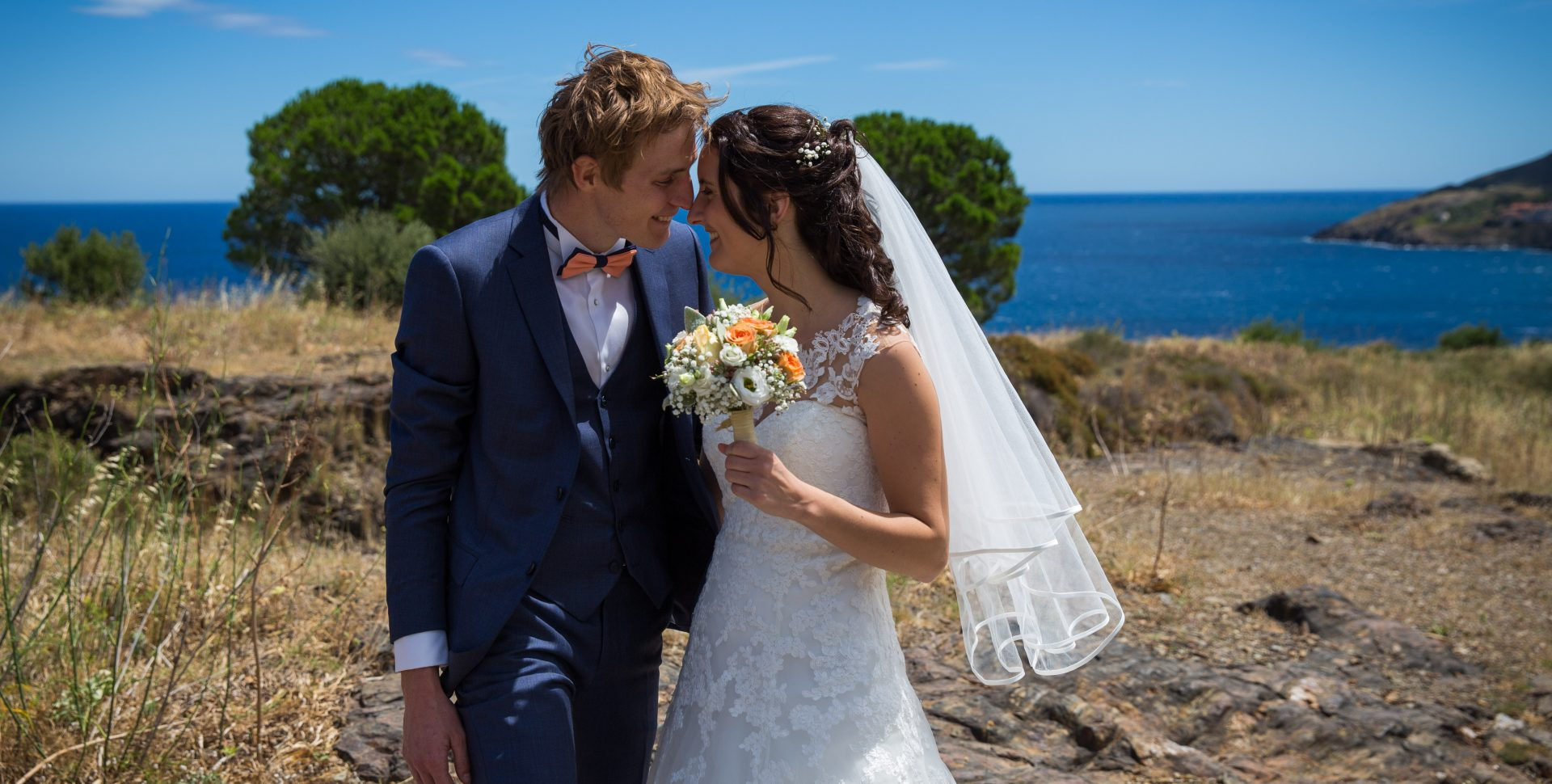 Faustine Joly Photographe mariage photos couple mer