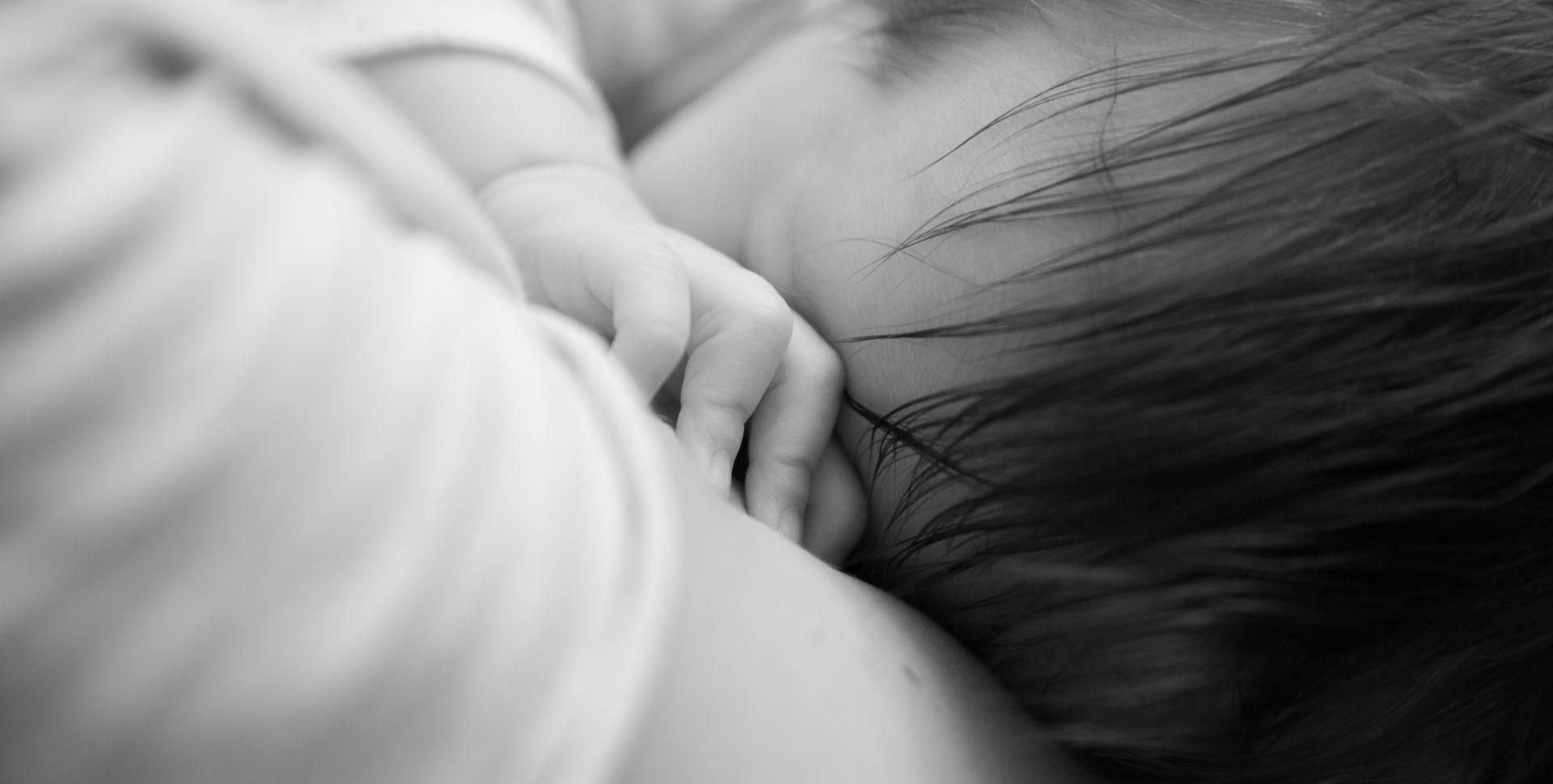 Faustine Joly Photographe Séance photo famille bébé maman